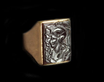 Dramatic Antique Gold Intaglio Ring  Carved Carnelian Stone-Roman Soldier & Roman Lady-Double Portrait