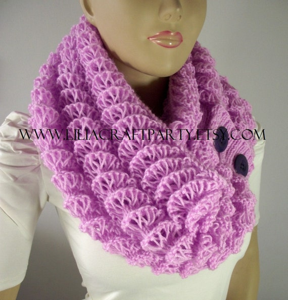 Knitting Pattern For Angel Wings : KNITTING PATTERN SCARF - Angel Wings Cowl Chunky Scarf ...