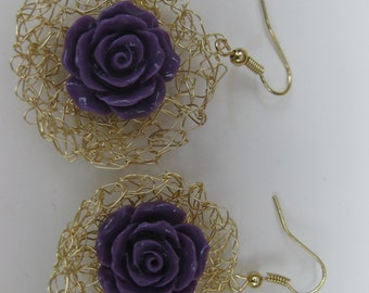 crochet earrings with roses