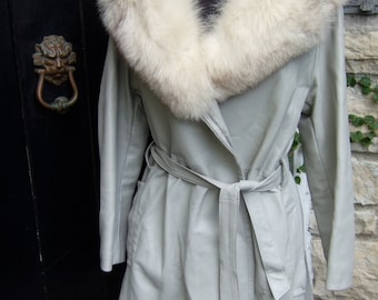 Fox Trim Collar Pale Grey Leather 3/4 Coat c 1970