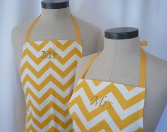 Chevron Mr & Mrs Apron Set with Pocket FREE SHIPPING - Husband and Wife, Yellow and Ivory ZigZag Stripe, Wedding Shower Gift Idea