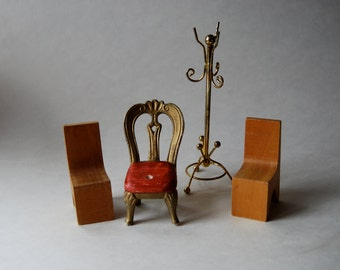 Lot of Vintage Doll House Furniture