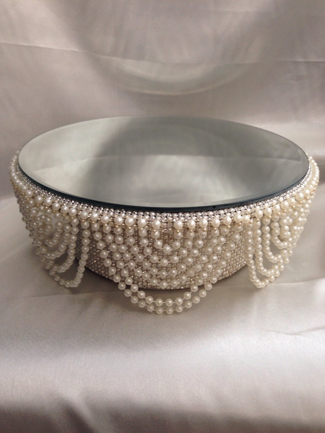 Pearl and crystals Drape design wedding cake stand round