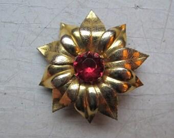 Vintage Adorna GF flower brooch