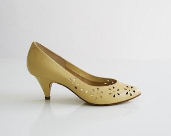SALE / Yellow vintage shoes, Laser cut heels, Leather pumps size 6 US