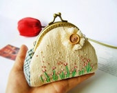 Metal frame purse / coin purse/ embroidery coin purse / flower embroidered / metal frame - Made to order