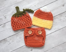Crochet pumpkin hat and diaper cover set, candy corn hat set, halloween photo prop, halloween costume outfit, halloween twin hat set