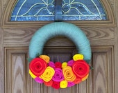 Bright Paradise Wreath-Door Decor-Moss Green Yarn Coral Felt Flower Wreath-- Summer Wreath--12 inch Yarn Wreath