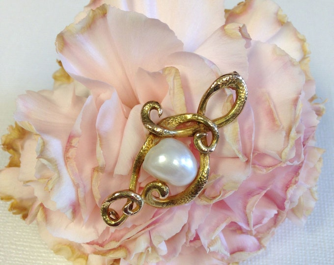 Yellow Gold Baroque Pearl Pin--Looks Like a Snake Wrapped Around a Pearl
