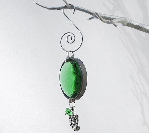 Christmas ornament emerald green glass suncatcher holiday