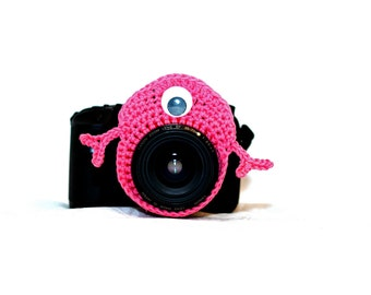 Bright Pink Monster Camera Buddy, Crochet Lens Critter, Photo Prop, Camera Accessory, Photographer Gift, Pink Monster Lens Buddy