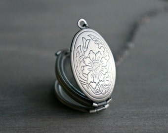 Silver Locket / 4 Photo Locket in Antique Silver with Engraved Floral Design ... Antiqued Silver Four Picture Locket ... Ready to Ship