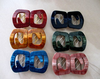 6 Vintage Retro Plastic Clasp Buckle Closure From 1970s - No. 11