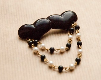 Love Heart Brooch Valentines Day Black