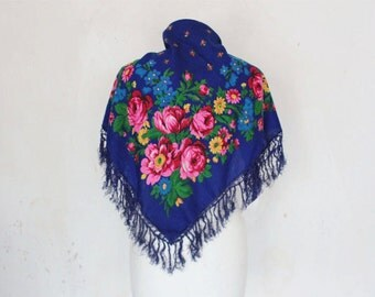 Vintage XxL Scarf with beautiful flowers, Floklore, blue pink blanket cloth