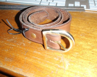 1 1/4 x 33-38 inch. Basic leather belt.