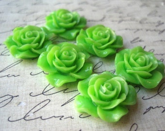 Resin Roses,  6pcs 20mm Green Resin Cabochon Flower Resin Roses, Cabochon Flowers, Perfect for Rings, Bobby Pins, Earrings