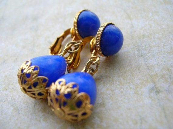 vintage blue hong kong earrings