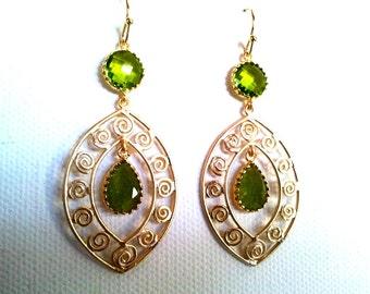 Peridot Green Oriental gorgeous Earrings ,Drop, Dangle, Glass Earrings, bridesmaid gifts,Wedding jewelry,Mother's Day Gift