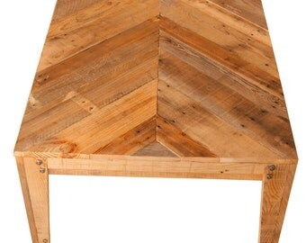 Dining Table Chevron Style Reclaimed Wooden Pallets