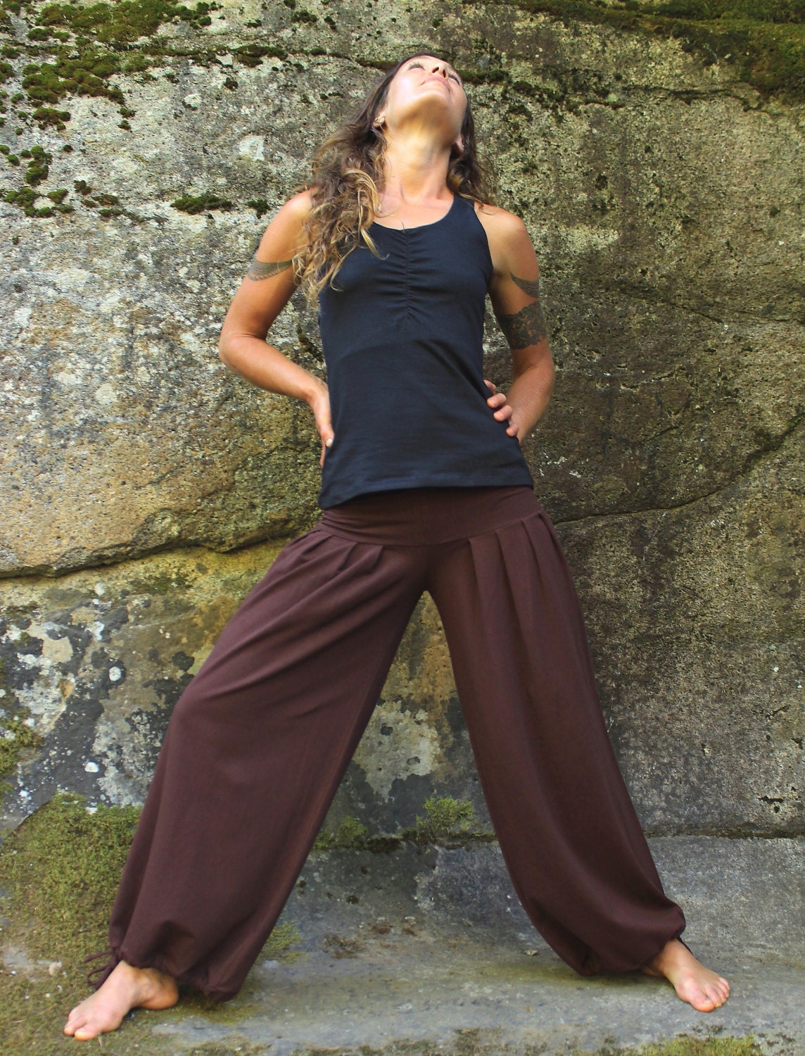 Harem Pants. A true trend comeback in dance and fashion, harem pant sit high on the waist, are baggy at the thighs and tapered down the legs. We are bringing you the last in harem looks.
