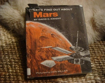Vintage Childs Lets Find Out about Mars Book Solar System Info Learning