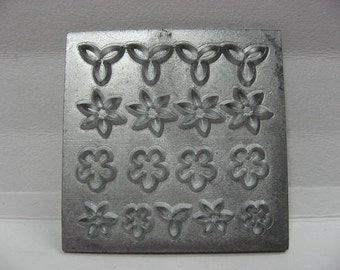 Dollhouse Miniature Flower  Mold MOU6568