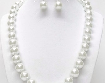 White 12mm Glass Pearl Necklace/Bracelet & Earrings Set