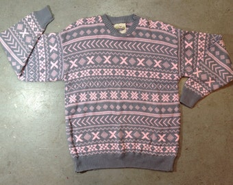 vintage 1990s cozy winter sweater in grey & pink Fair Isle pattern. retro clothing. size large.