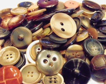 50 piece earth tone button mix, 15-30 mm  (B7)