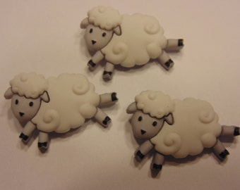 3 large sheep buttons, 28 x 20 mm (34)