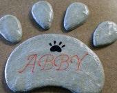 Pet Memorial, Stepping Stone, Paw Print, Concrete Stone, Dog Paw