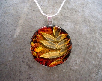 Leaf Jewelry - Glass Pendant necklace - Autumn Leaves 11