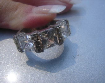 CZ Sterling Silver Princess Cut Ring size 7 639.