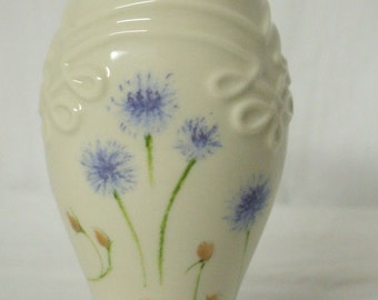 Lenox Rose Vase 24 K Gold Trim Hand Decorated Vintage