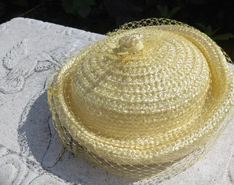 Vintage  Mid-century  Sunny  Yellow Straw Hat