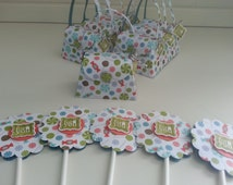 8 Birthday Party Purse Favors, Girlie Birthday Party Purse Favors with Cupcake Toppers Ready to Ship, Candy and Lollipops Birthday Party