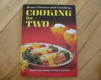 Better Home and Gardens Cooking for Two Great,Gifts under 25 dollars, Vintage cookbook