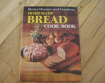 Better Home and Gardens Homemade Bread Cookbook,Gifts under 25 dollars, Vintage cookbook