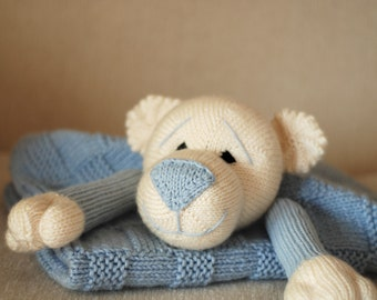 Baby Bear Toy Blanket - knitting pattern