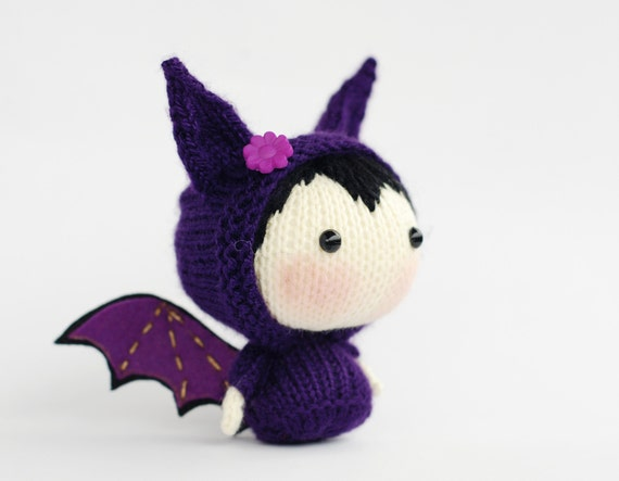 Knitting Toys In The Round : Halloween bat doll tanoshi series toy knitting pattern