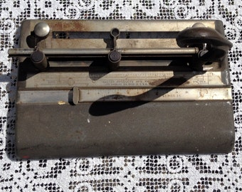 Industrial Office / 3 Hole Punch / Series 25 Hole Punch / Office Decor / Mid Century Office / Masters Steel Cast Iron / Distressed Office