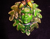"Small (2"") Oak leaf and acorn Green Child 2"