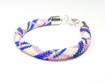 Seed Bead Bracelet. Beaded Bracelet. Bead Crochet. Checkered Bracelet. Geometric Design Bracelet. Minimalist jewelry.