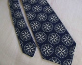 Men's Necktie - Compass Rose - Mariner's Rose - Nautical Neck Tie - Blue or Red - Navy Compass Rose - Navy Mariner's Rose
