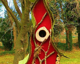 bird house, Birdhouse, Original birdhouse, custom birdhouse in color options, garden art, Tall, Wavy, Unique and functional Birdhouse