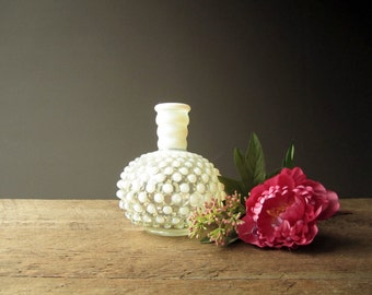 Hob Nob Glass Bud Vase ~ Country Wedding ~ Barn Wedding ~ Decor ~ Bridesmaids Gift ~ Shabby Chic Decor { Swoon Vintage & Such }