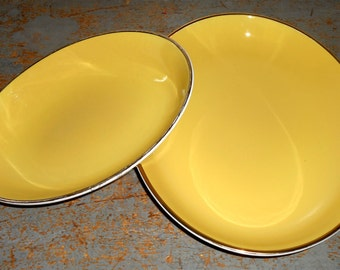 Vintage Platters, Yellow, Nesting, Serving Dish, Retro, Oval, Bowls,  Platters, Set of Two