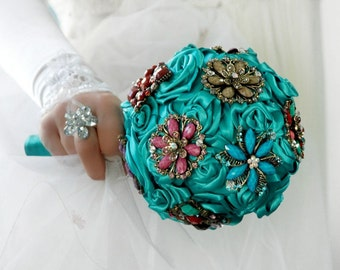 Brooche  wedding bouquet and boutonniere