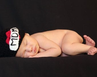 I Love Mom/Dad Crochet Baby Beanie - Adorable Photography Prop